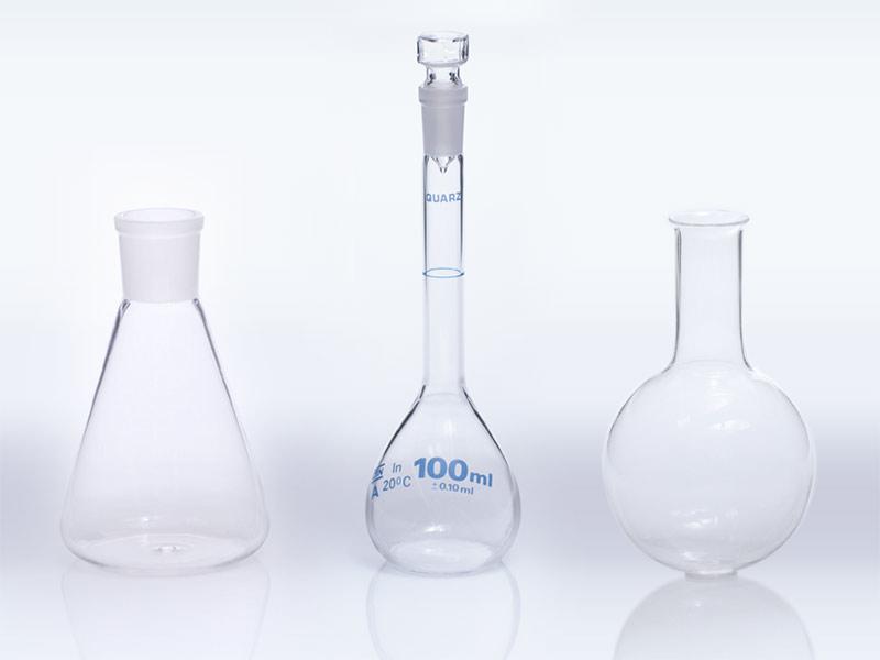 Quartz glass flask